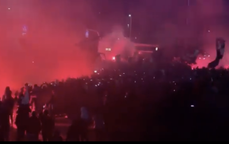 Over 4,000 Atalanta fans welcome their heroes back from Rome