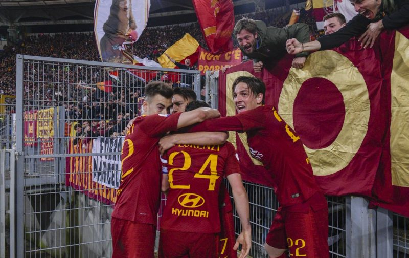 Roma strike late to stun Juventus and keep top four dream alive