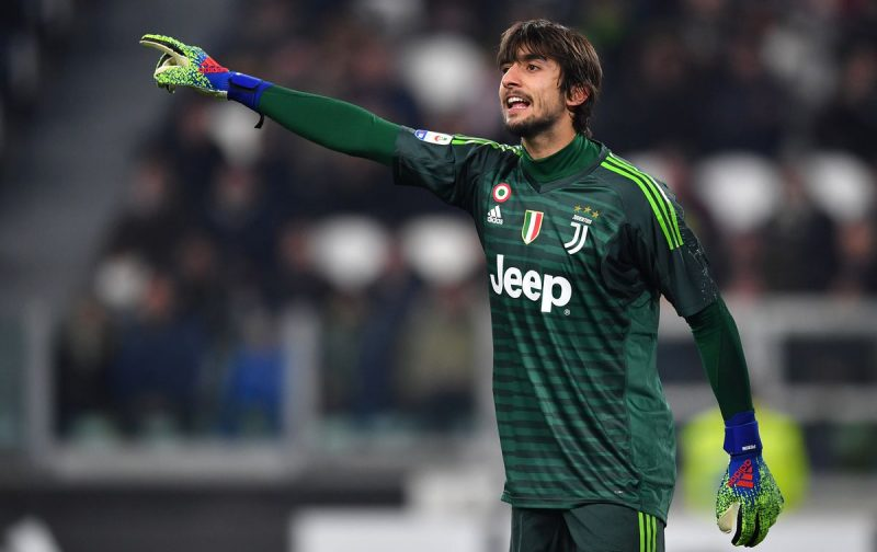 Juventus look to shift trio before window shuts